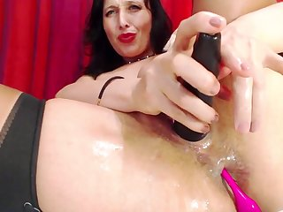 She puts her vibrator in her pussy