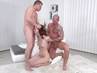 Double penetration threesome for a girlfriend who loves sex